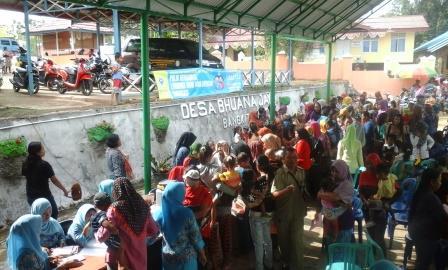 PIN Polio 2016 hari terakhir  wilayah kerja Puskesmas Separi III dilakukan di Desa Bhuana Jaya